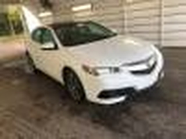 Pre-Owned 2016 Acura TLX | V6 | 1 OWNER | DRIVES GREAT!!! |