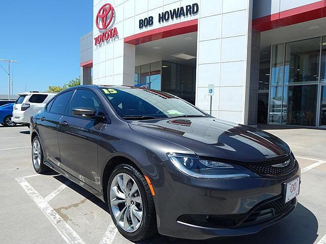 Pre-Owned 2015 Chrysler 200 S***CALL BH TOYOTA**CHEAP PAYMENTS**405-936-8600**