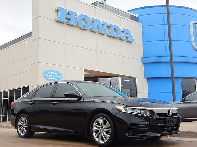 Pre-Owned 2018 Honda Accord Sedan LX 1.5T | 405-753-8700 | BOB HOWARD Honda!