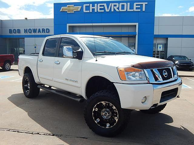 Pre-Owned 2010 Nissan TITAN | BOB HOWARD CHEVROLET 405-748-7700 | CUSTOM PREMIUM WHEELS | 4X4 | V8 POWER | GREAT RIDE AND AFFORDABLE!!! |