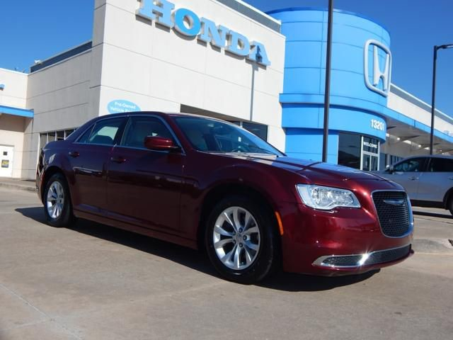 Pre-Owned 2016 Chrysler 300 Limited | 405-753-8700 | HONDA STORE!