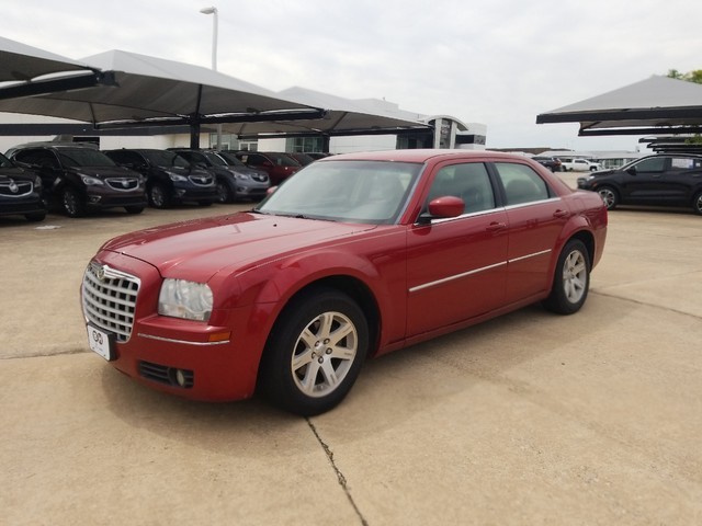 Pre-Owned 2007 Chrysler 300 Touring