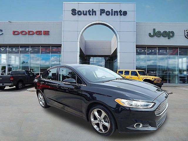 Pre-Owned 2014 Ford Fusion SE | CLEAN CARFAX | MOON ROOF | GREAT VALUE | SOUTH POINTE CJD