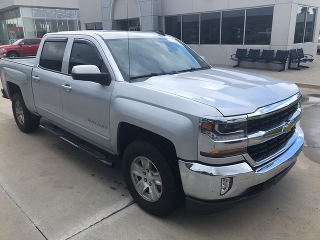 Pre-Owned 2016 Chevrolet Silverado 1500 LT | SOUTH POINTE CJD