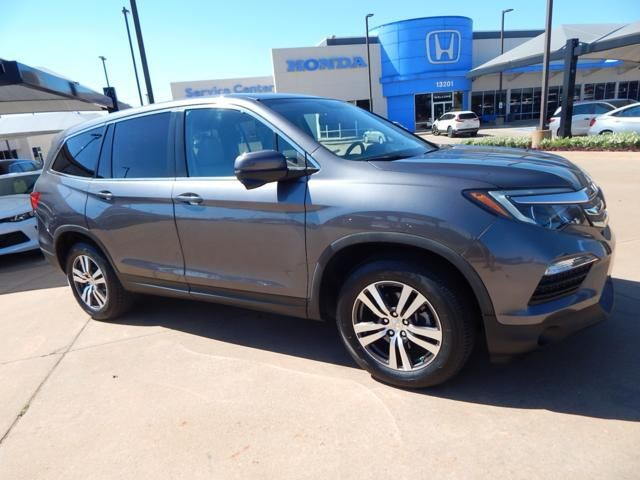 Pre Owned 2016 Honda Pilot EX L | 3RD ROW | LEATHER