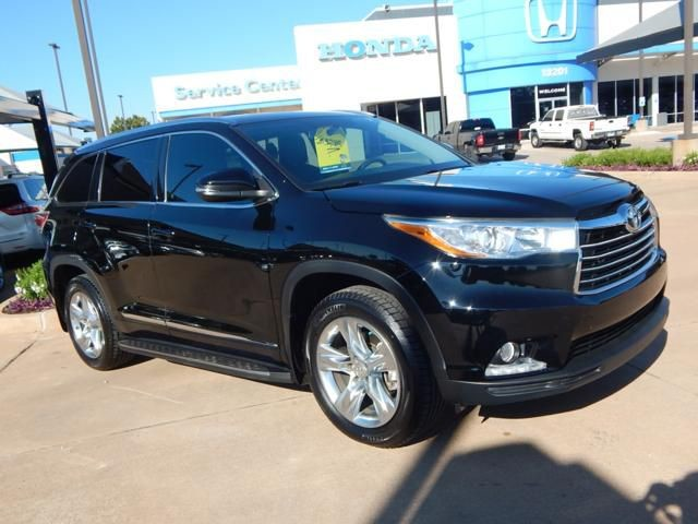 Pre Owned 2015 Toyota Highlander Limited | HEATED/COOLED SEATS | 3RD ROW |  LEATHER | NAVIGATION!
