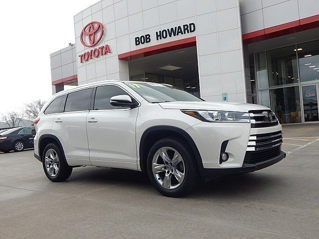 Pre-Owned 2017 Toyota Highlander Limited***LOADED BAD BOY**CALL BH TOYOTA*405-936-8600*