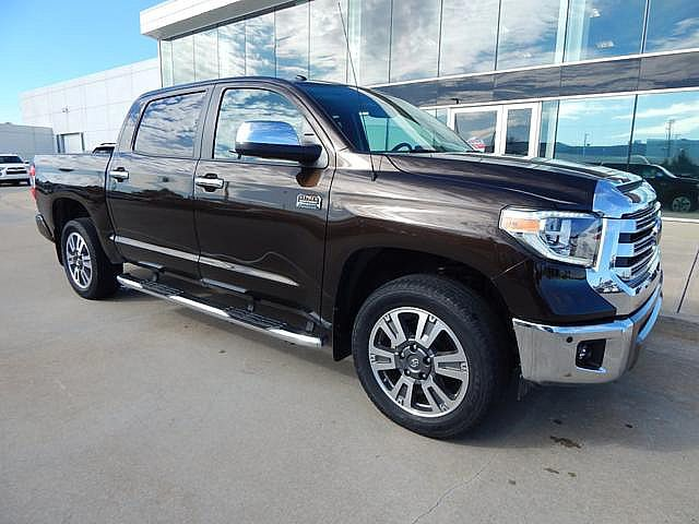 Pre-Owned 2018 Toyota Tundra 4WD Platinum**1975 EDITION!**
