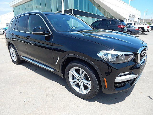 Pre-Owned 2018 BMW X3 xDrive30i**PANORAMIC ROOF BACK UP CAMERA AND MORE!**