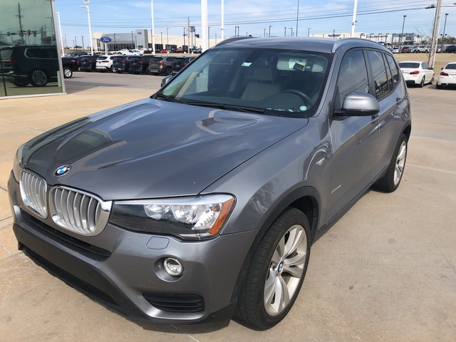 Pre-Owned 2016 BMW X3 xDrive28i**NAVIGATION AND BACK UP CAMERA!**