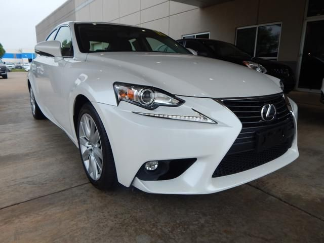 Pre-Owned 2016 Lexus IS 200t | LUXURY | FUN RIDE | ONLY AT BOB HOWARD ACURA CALL TODAY AT 405-753-8770!|