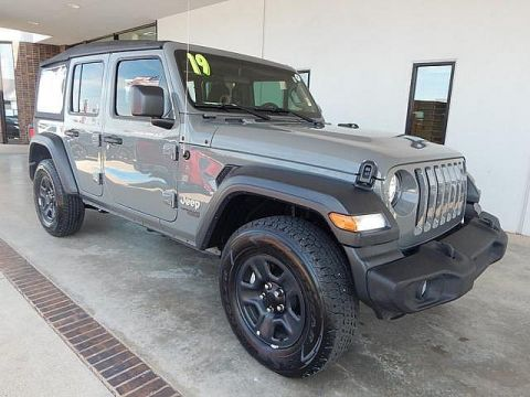 Pre-Owned 2019 Jeep Wrangler Unlimited Sport Altitude | BOB HOWARD DODGE 405-936-8900