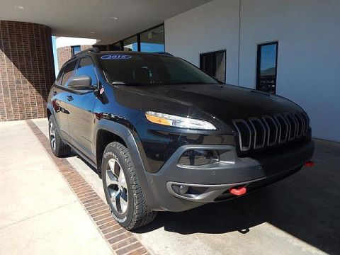 Pre-Owned 2016 Jeep Cherokee Trailhawk | BOB HOWARD DODGE 405-936-8900 | RARE FIND!