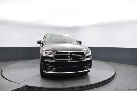 Pre-Owned 2017 Dodge Durango SXT-CALL BOB HOWARD TOYOTA AT 405-936-8600!!