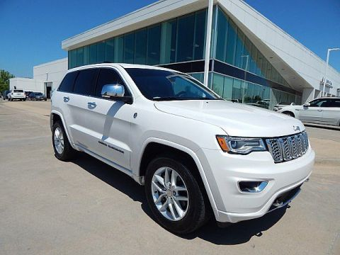 Pre-Owned 2017 Jeep Grand Cherokee Overland**REAR ENTERTAINMENT AND MORE!!**