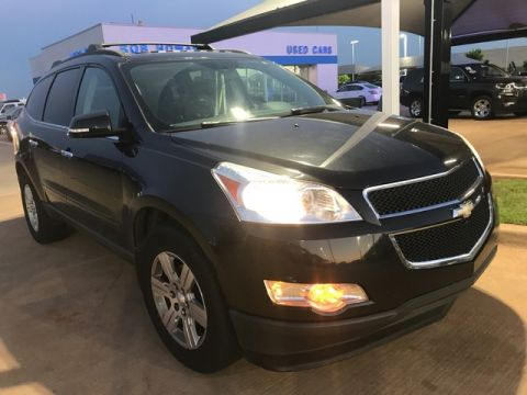 Pre-Owned 2011 Chevrolet Traverse | BOB HOWARD CHEVROLET 405-748-7700 | DVD | DUAL SUN ROOF | BACK UP CAMERA |