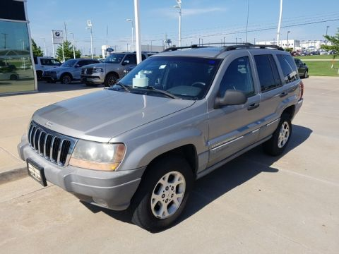 Pre-Owned 2000 Jeep Grand Cherokee Laredo *LEATHER, SUNROOF INLINE 4.0**