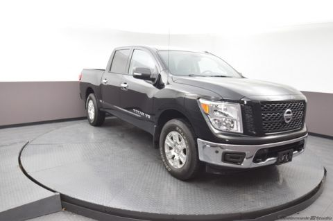 Pre-Owned 2019 Nissan Titan SV 4WD SP Honda 918-491-0100