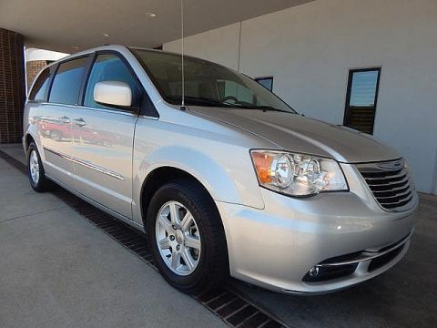 Pre-Owned 2012 Chrysler Town & Country Touring | BOB HOWARD DODGE 405-936-8900