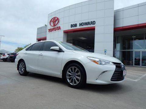 Pre-Owned 2017 Toyota Camry Hybrid LE | BOB HOWARD DODGE 405-936-8900