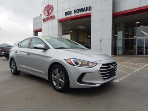 Pre-Owned 2017 Hyundai Elantra SE-GREAT MPG-CALL BH TOYOTA 405-936-8600