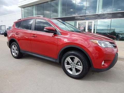 Pre-Owned 2015 Toyota RAV4 XLE ** SUNROOF, BACK UP CAMERA, LOW MILES**