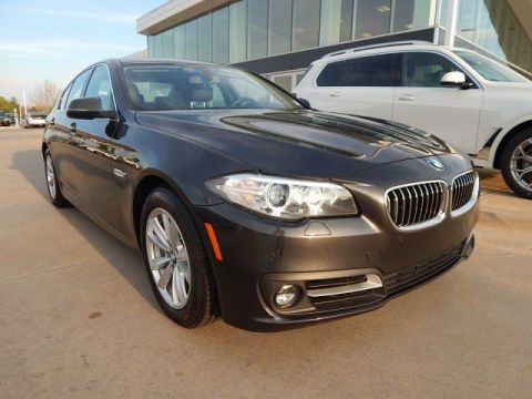 Pre-Owned 2015 BMW 5 Series 528i**NAVIGATION AND BACK UP CAMERA!**