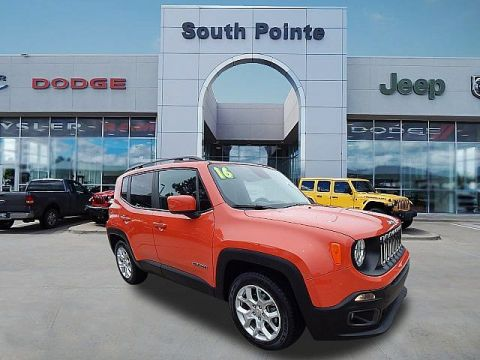 Pre-Owned 2016 Jeep Renegade Latitude | CERTIFIED | CLEAN CARFAX | SOUTH POINTE CJD